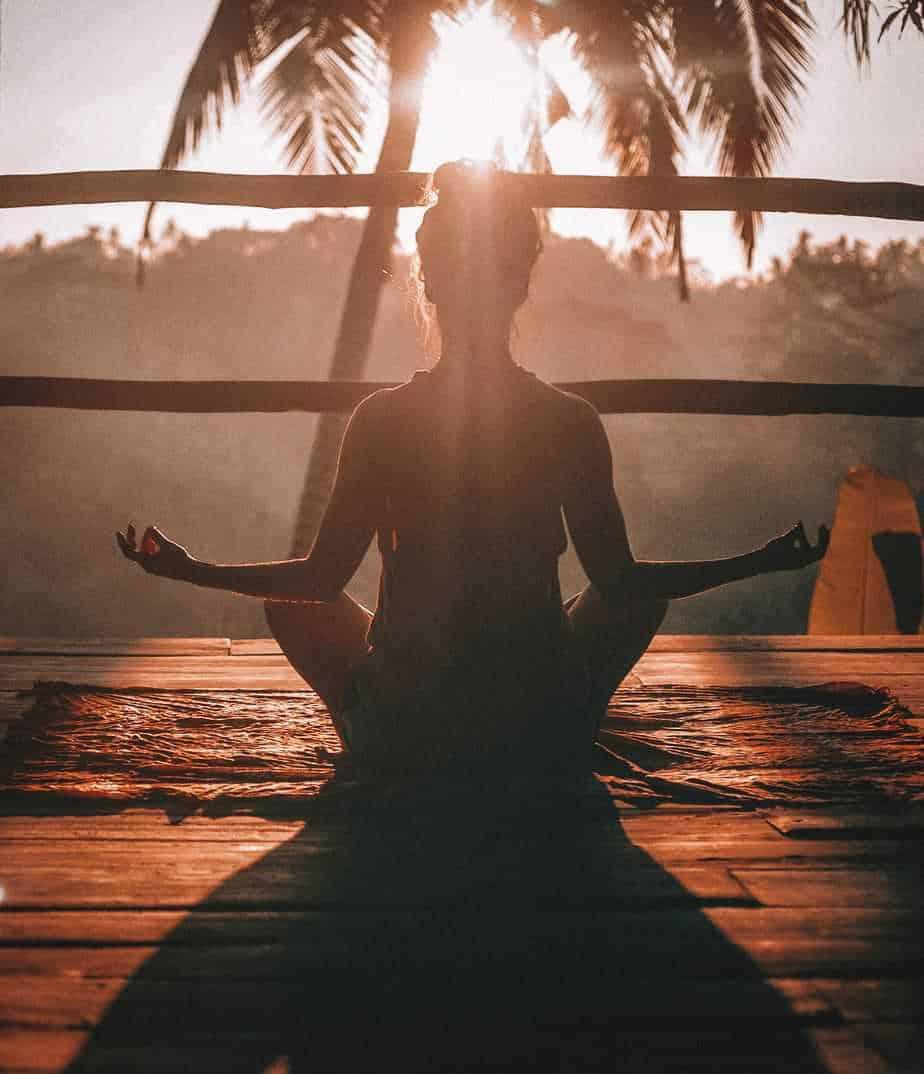 Aceites esenciales para calmar la ansiedad. 5 sencillos pasos